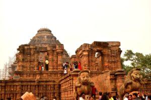 Konark sun temple visitors guide