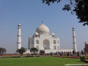 Beautyful view of the Great Taj Mahal