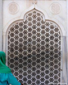 Beautifully carved Jaali on Taj Mahal