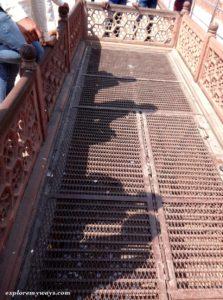 Down stair at Taj Mahal