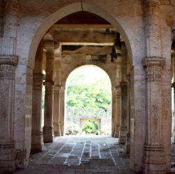 Uparkot fort Junagarh history