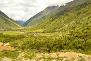 Thangu valley on the way to Gurudongmar